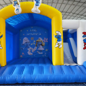 Schtroumpfs_toboggan_chateau_gonflable_easyjump_genappe