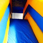 Toboggan_location_chateau_gonflable_enfant